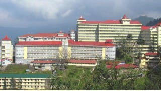 Himachal Pradesh: HC issues contempt notice to HPU officials