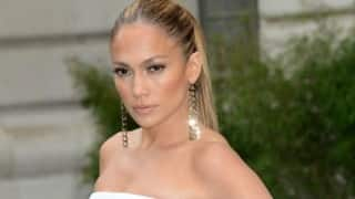 Jennifer Lopez believes in keeping love 'simple'