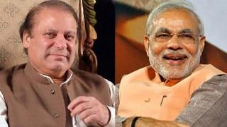 Narendra Modi wishes Pakistan PM Nawaz Sharif Eid Mubarak; also greets Muslims in India