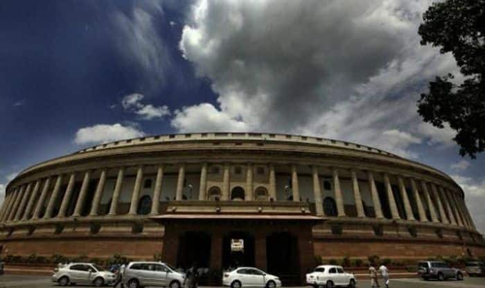 Opposition to meet on demonetisation tomorrow, Congress issues whip