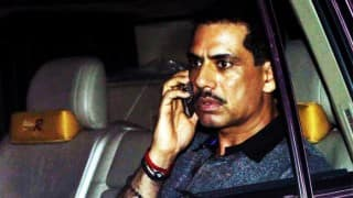 Robert Vadra, Mother to Appear Before ED in Bikaner Land Scam Case Today; Priyanka Joins Them in Jaipur