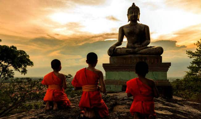 Buddha Purnima 2020 Best Messages Quotes Facebook Status Whatsapp Wishes Gif To Mark Gautama Buddha S Birth Anniversary India Com