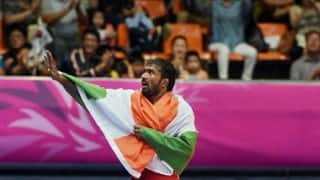 Yogeshwar Dutt wth fantastic gesture, accepts only Re 1 as dowry