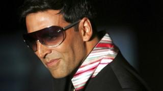 Nostalgia! Have you seen Akshay Kumar's Kala Chashma antics? (Watch video)