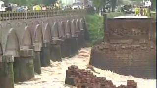 गिरने की कगार पर हैं देश के 100 से ज्यादा पुलः नितिन गडकरी