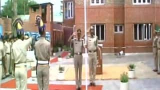CRPF Commandant Pramod Kumar unfurled tricolour in Srinagar on Independence Day before being shot dead by terrorists (Watch Video)