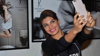 Forget those terrible diets, new research says Selfies can actually help you lose weight!