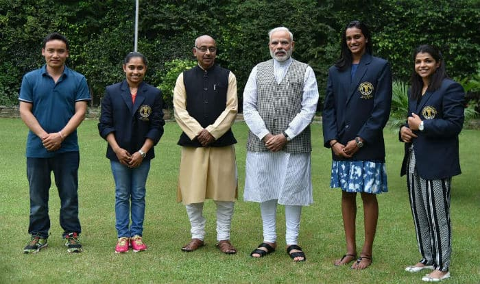 Sachin Clicks Selfies, Presents India's Rio Champions With BMWs