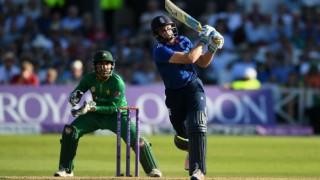 England set new ODI record of 444-3 against Pakistan