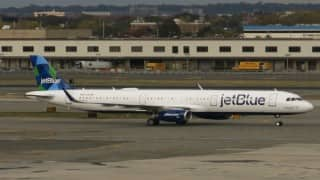 Air turbulence injures 24 people in US