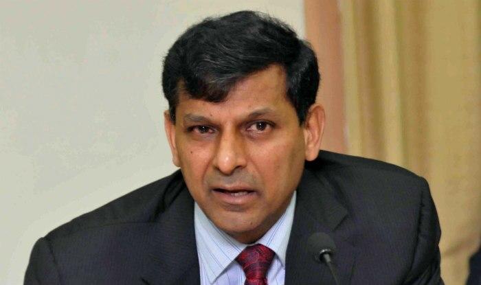 भारतीय रिजर्व बैंक के पूर्व गवर्नर रघुराम राजन ने कहा है कि उन्हें केंद्र सरकार के नोटबंदी के कदम की कोई जानकारी नहीं थी...