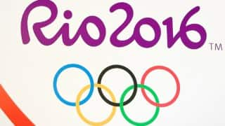 Rio Olympics 2016: Brazil police detain two US swimmers on plane