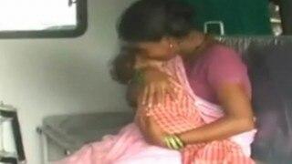 Uttar Pradesh: 10-month-old baby dies while hospital staff heckle parents for bribes in Bahraich