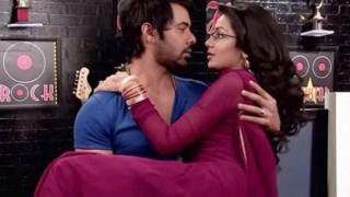 Kumkum Bhagya spoilers: Romance on cards for Abhi and Pragya in Zee Tv show!