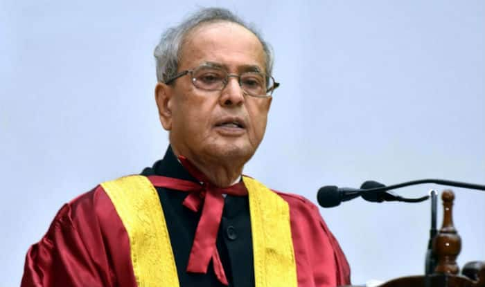 Pranab Mukherjee felicitates Indian Coast Guards on