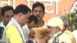 उप्र : सपा, बसपा व कांग्रेस के 6 विधायक भाजपा में शामिल