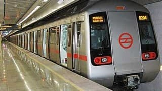 Hooligans force Muslim senior citizen to stand in Delhi Metro, tell him to 'Go to Pakistan'