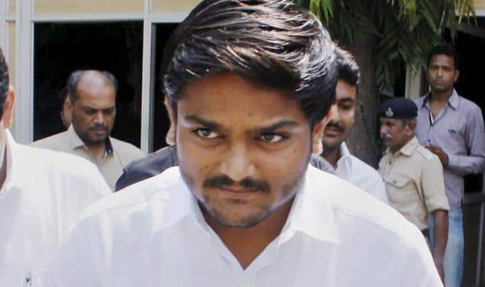 Lok Sabha Elections 2019: Patidar Leader Hardik Patel Likely to Join Congress on March 12, Contest From Jamnagar