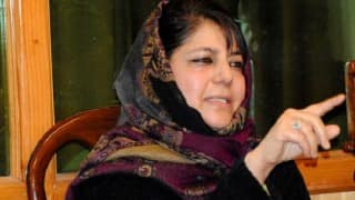 Mehbooba Mufti for time-bound completion of Mubarak Mandi
