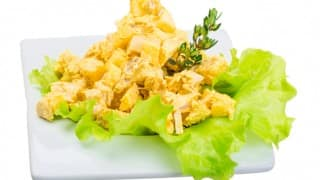 The Perfect Paleo Curried Chicken Salad Recipe for Summer