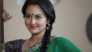 Ranveer Singh would be suitable for dad's biopic: Sonakshi Sinha