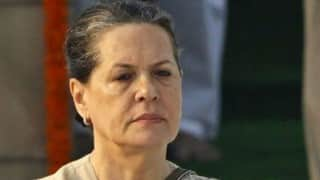 Sonia Gandhi responding to medication, resumes physiotherapy