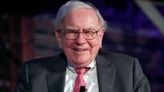 Warren Buffett ready to do whatever it takes to defeat Donald Trump