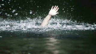 10 including nine children drown in Telangana