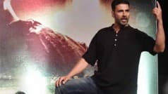Akshay Kumar salutes policeman for saving woman