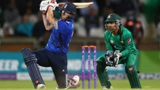PAK beat ENG by 4 wkts | Pakistan vs England LIVE Score 5th ODI 2016: Pak 304/6 in 48.2 overs (Target 303)
