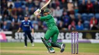 PAK beat ENG by 9 wkts | Pakistan vs England Live Score T20I 2016: PAK 139/1 in 14.5 Overs