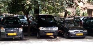 App-based cab services push 'kaali-peelis' to the brink