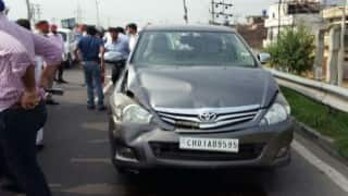 Arvind Kejriwal escapes unhurt as car meets minor accident