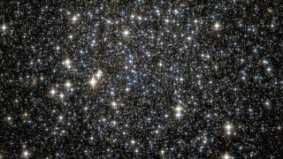 Hundreds of undiscovered black holes spotted in star cluster