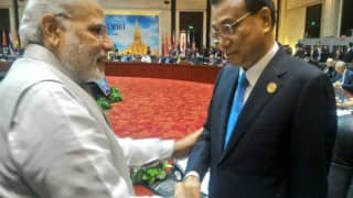 Narendra Modi meets Chinese Premier Li Keqiang on sidelines of EAS