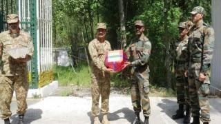 Armies of India, Pakistan exchange sweets on LoC on the occasion of Eid-ul Zuha
