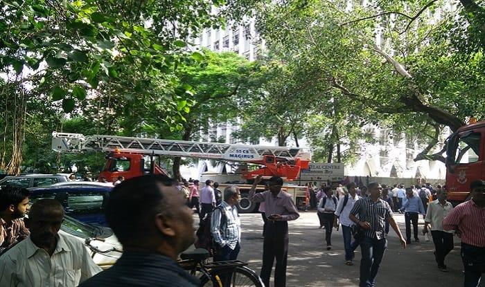 Mumbai: Fire at Express Building in Nariman Point; 5 fire tenders on spot