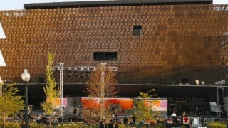 Barack Obama opens new African American Museum