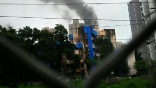 Fire at Hiranandani Towers 22nd level in Kandivali, Mumbai; 8 fire tenders on spot