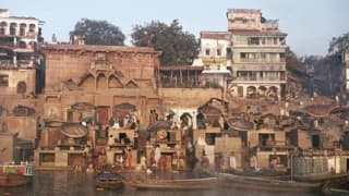 Eunuchs pay mass obeisance to ancestors at Kashi