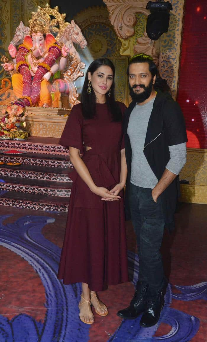 Riteish Deshmukh and Nargis Fakhri on Kumkum Bhagya