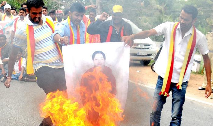 cauvery water agitation के लिए चित्र परिणाम