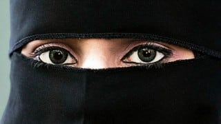 Triple talaq: Supreme Court seeks Centre's response within four weeks