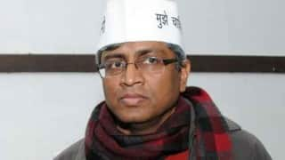 Plaint against Ashutosh for 'comparing' Jawaharlal Nehru, Mahatma Gandhi with tainted minister