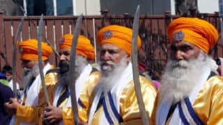 British police arrest armed Sikh men from gurdwara