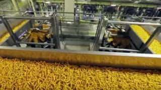 Do you know how Kurkure is made? A peek inside the Kurkure factory will stun you!