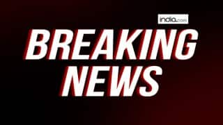 Live Breaking News Headlines: Terrorists attack PDP leader's house in Anantnag, take away 4 AK 47 rifles from guard