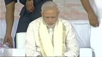 Prime Minister Narendra Modi served traditional Kerala sadya feast