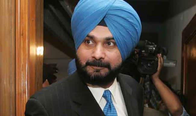 Navjot Singh Sidhu's new outfit a 'B-team' of the RSS: AAP