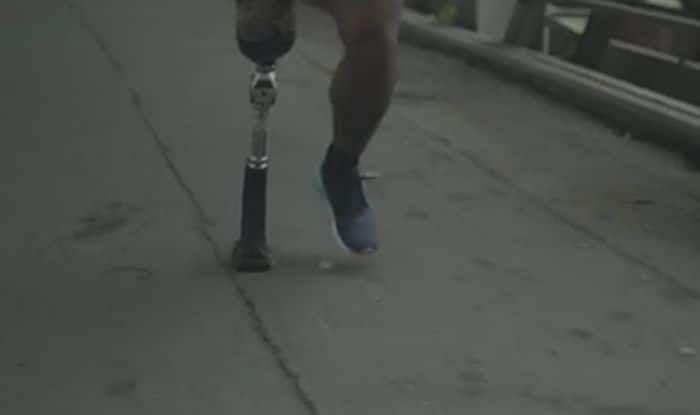 This man is running a marathon with just one leg, beating the odds, proving determination wins anything!